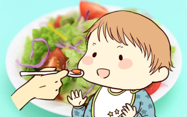 赤ちゃんの離乳食に生野菜はいつからOK?