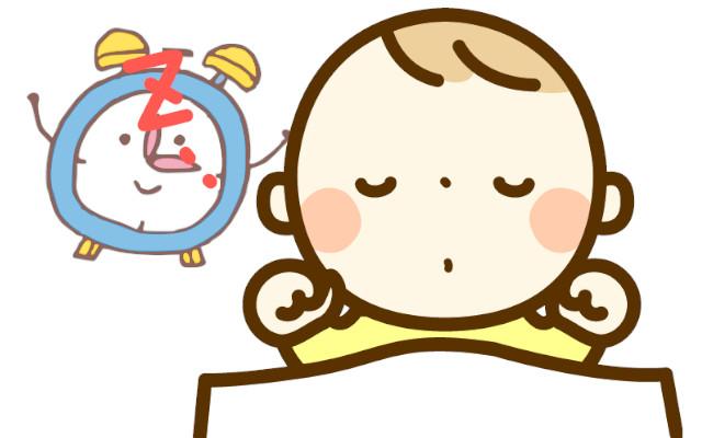 授乳時間に新生児の赤ちゃんが起きない。授乳の間隔はまちまちでいいの?