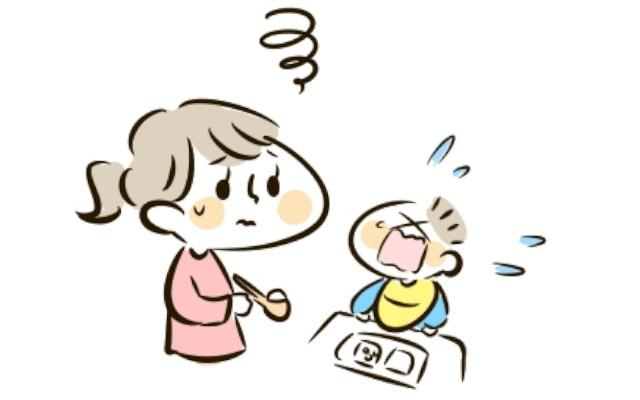 赤ちゃんが離乳食を食べている途中で泣き出す!理由や対処法は?